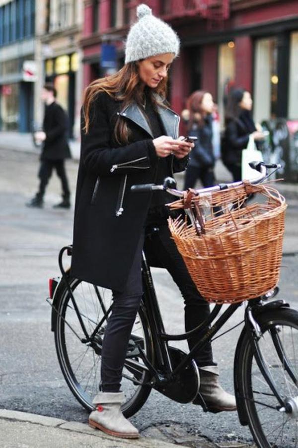 Tenue-cycliste-sport-dans –la-ville-hiver-resized