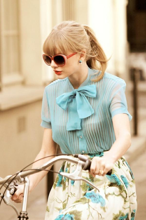 Tenue-cycliste-sport-dans –la-ville-taylor-swift-resized
