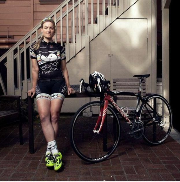 le tenue cycliste qui vous va. Black Bedroom Furniture Sets. Home Design Ideas