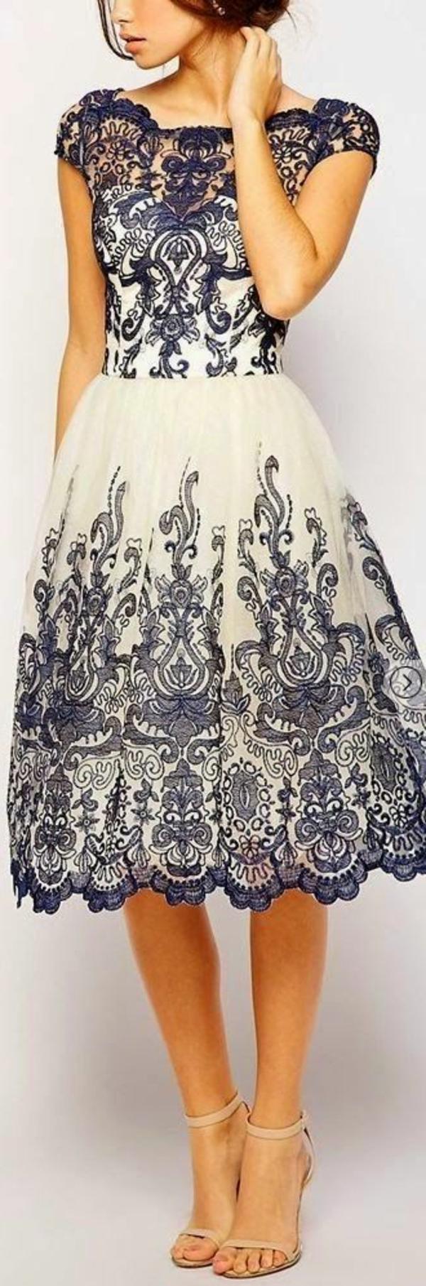 Tenue-de-soirée-occasion-spéciale-robe-courte-vintage