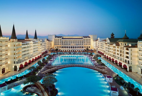 The-Mardan-Palace-Lara-Antalya-Turkey-Nexus-Travel-Solutions-Luxury-Bespoke-Holidays-India-1-resized