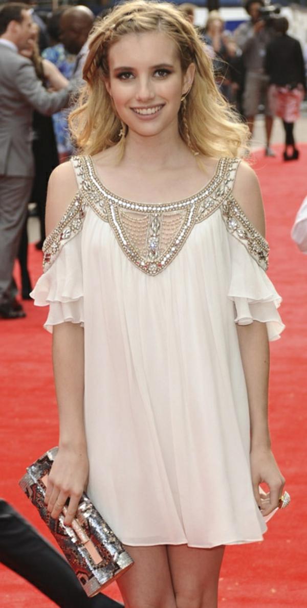Une-jolie-robe-boheme-chic-portrait-emma-roberts