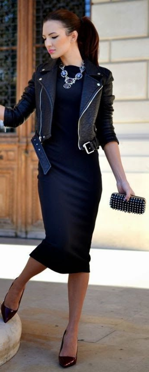 Robe noir et veste en cuir