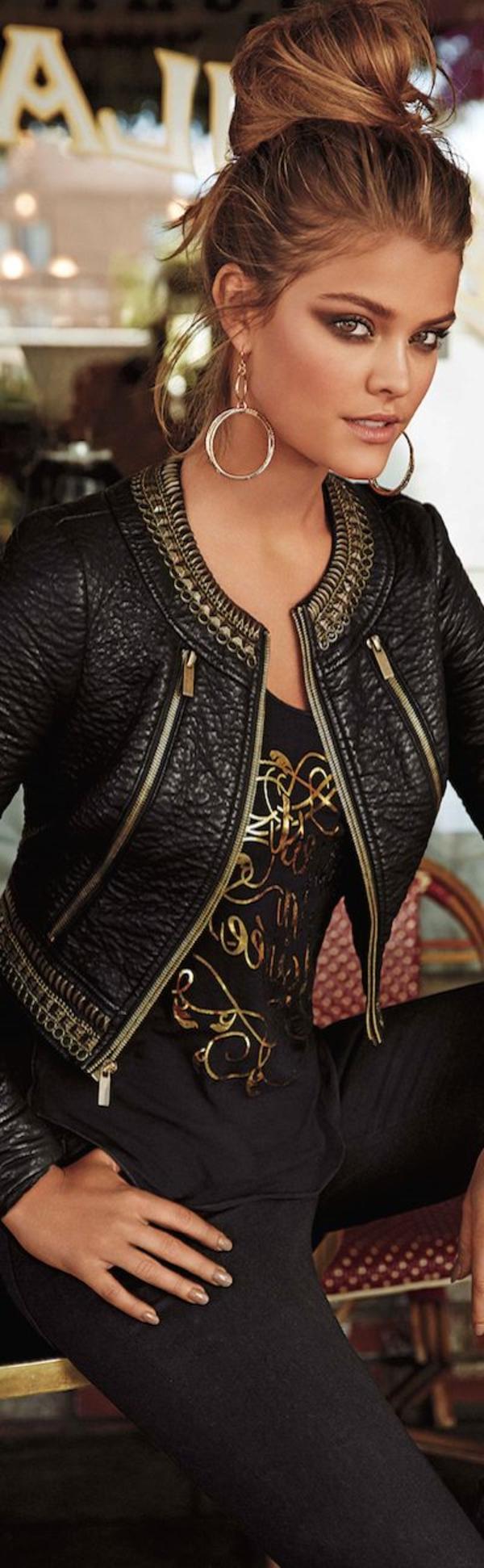 Veste-en-cuir-femme-chic-égiptienne