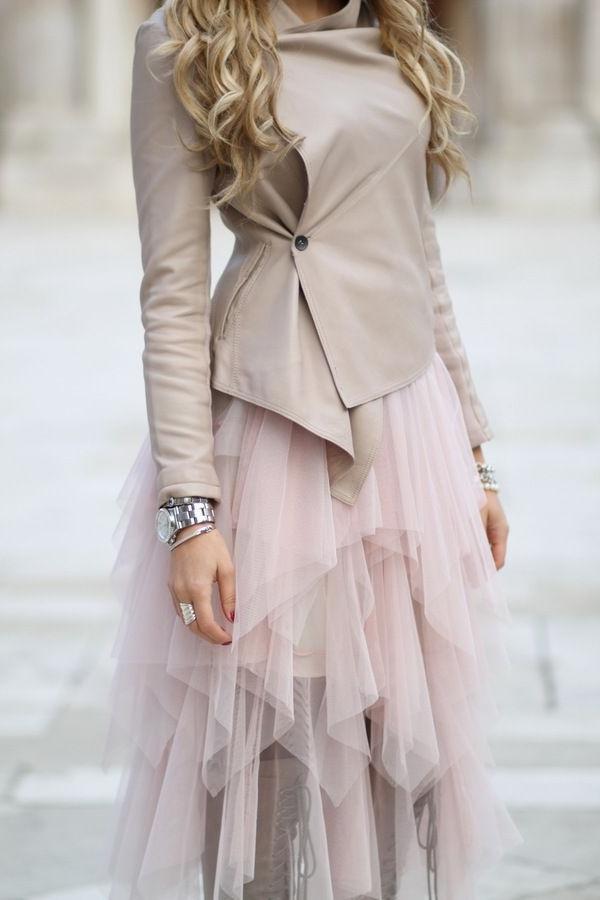 Veste-en-cuir-femme-chic-tenue-en-rose