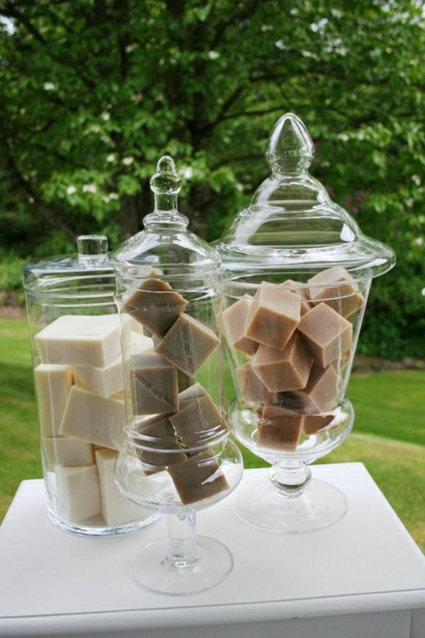 accessoires-de-salle-de-bain-conteneurs-pour-le-savon