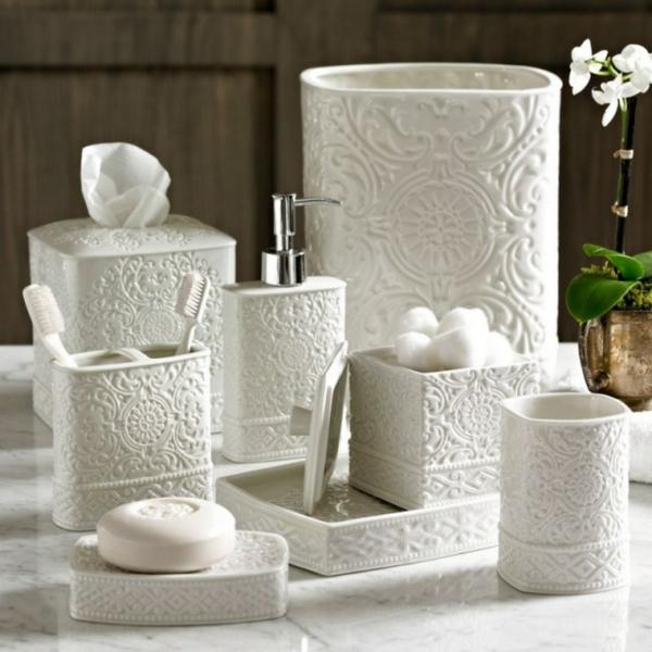 accessoires-de-salle-de-bain-en-plâtre