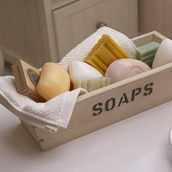Les accessoires de salle de bain pour un bon temps la maison for Accessoire porte savon pour baignoire