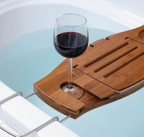 accessoires-de-salle-de-bain-pour-la-baignoire