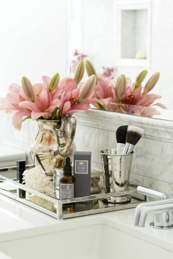 accessoires-de-salle-de-bain-pour-la-salle-de-bain-stylée