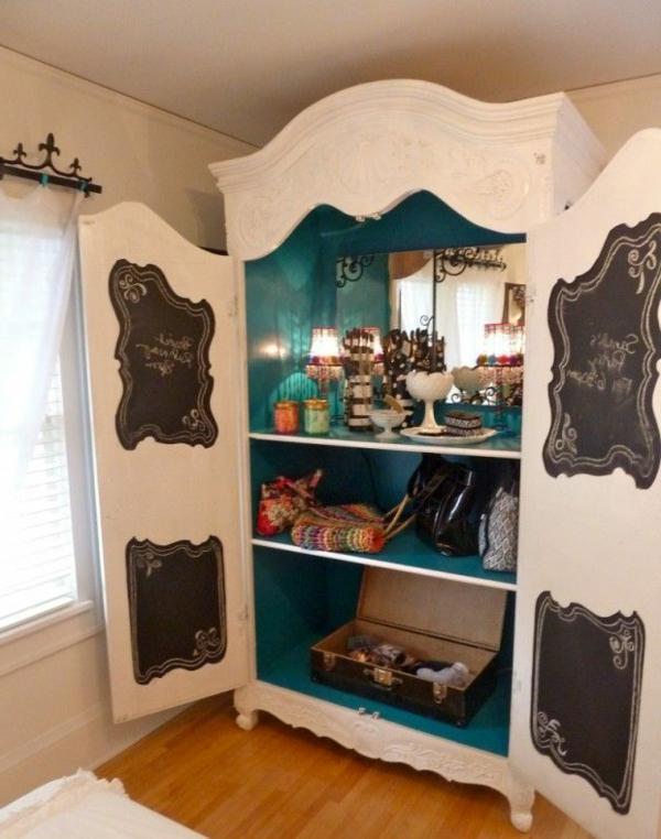 armoire-ancienne-bois-blanche