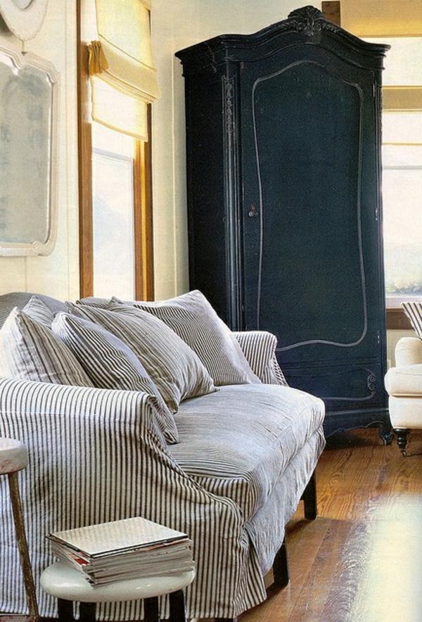 armoire-ancienne-bois-gris
