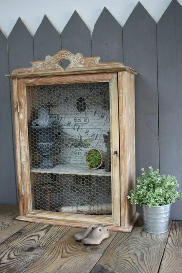 armoire-ancienne-en-bois