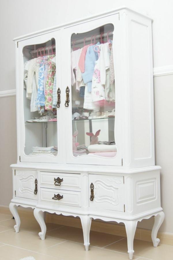 armoire-pour-bébé