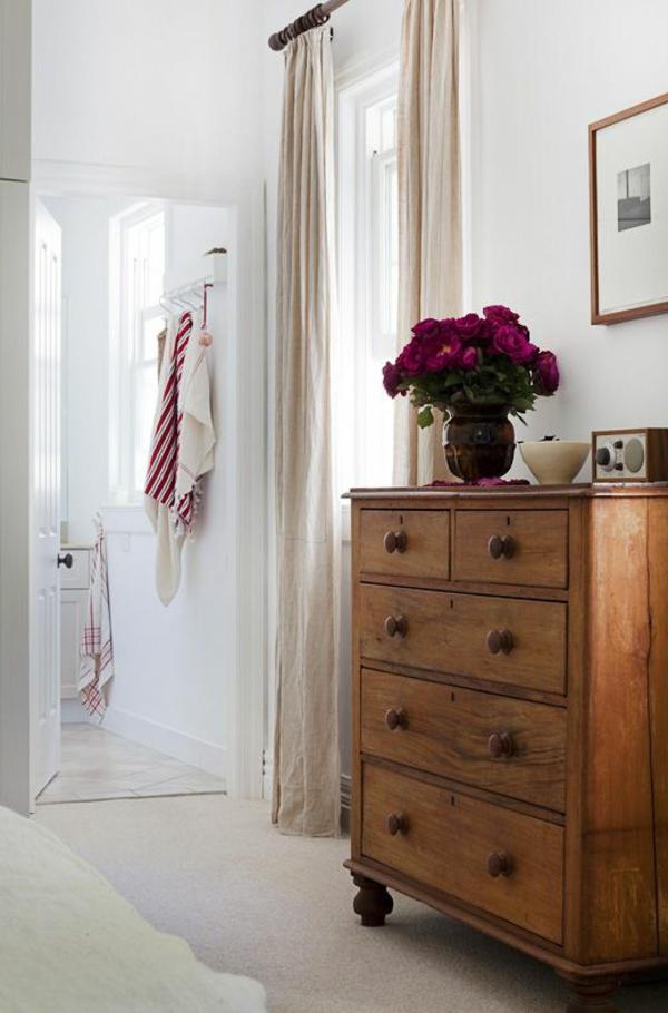 armoire-vintage-en-bois