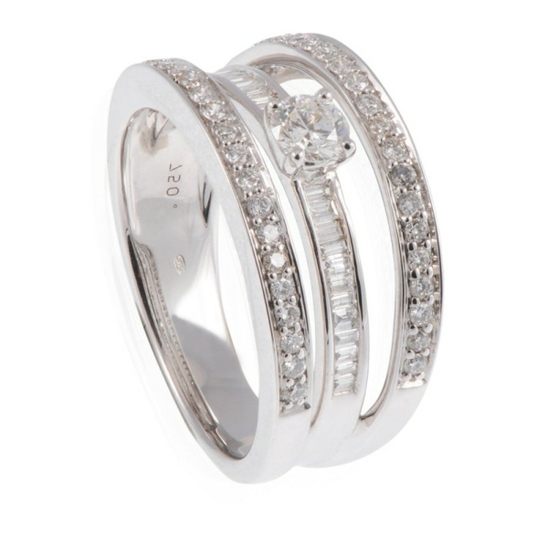 bague-solitaire-diamant-composee-resized