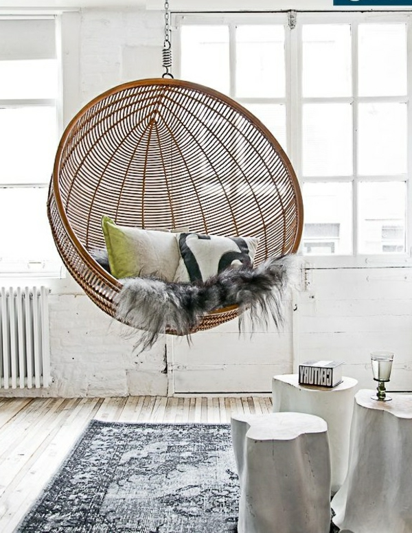balançoire-interieure-living-desogner-bois-rotin