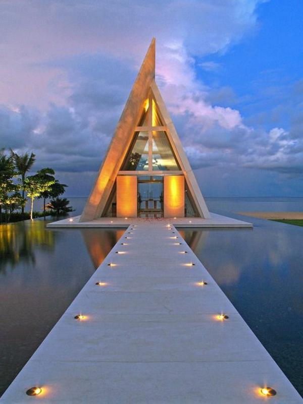 bali-hotel-extraordinaire-sur-la-plage