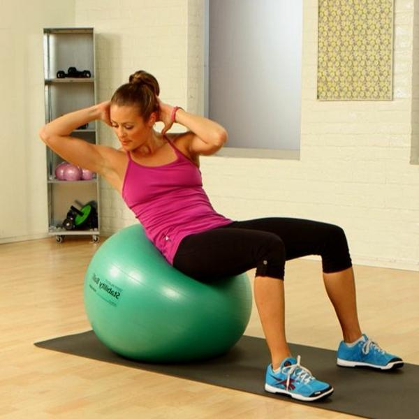 ballon-de-gymnastique-entraînement-pour-le-ventre