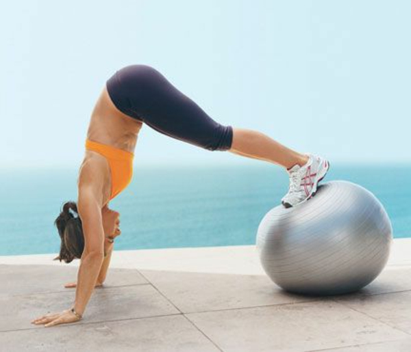 ballon-de-gymnastique-position-de-force