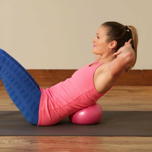 ballon-de-gymnastique-stabilisation-avec-un-petit-balllon