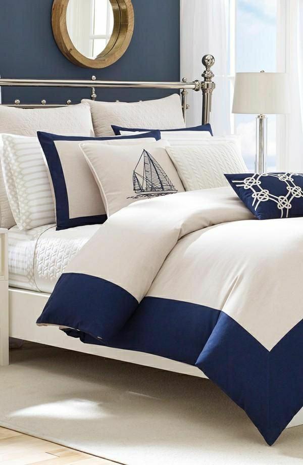 blanc-bleu-linge-de-lit