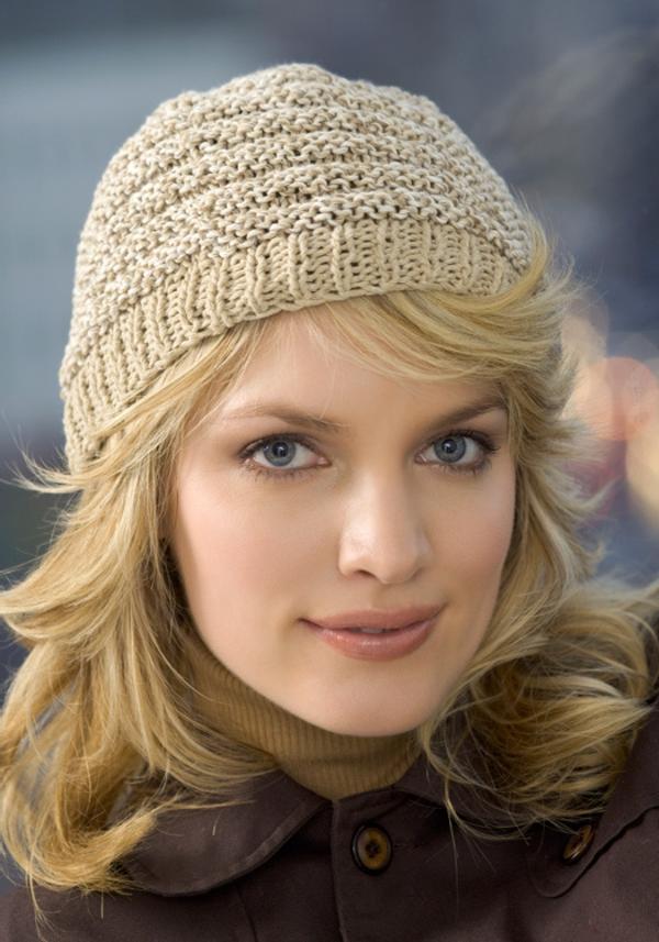 bonnet-en-crochet-beige-tenues-d'hiver