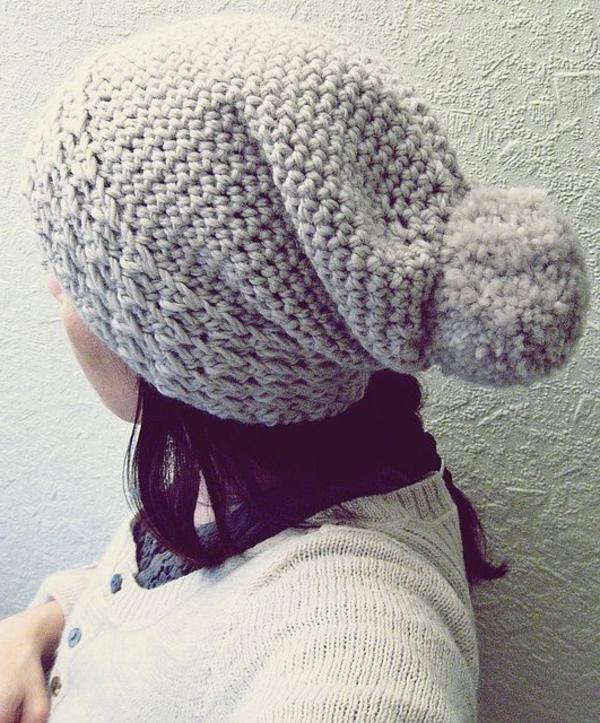 bonnet-en-crochet-bonnet-pompom-gris