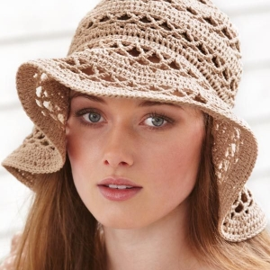 Le bonnet en crochet - soyez belles et différentes!