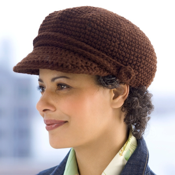 bonnet-en-crochet-crochet-marron-avec-visière