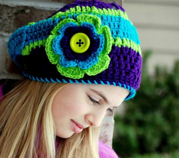 bonnet-en-crochet-en-couleurs-magnifiques
