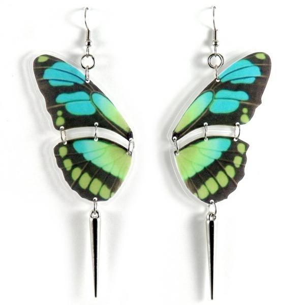 boucle-d-oreille-fantasie-pendante-papillon