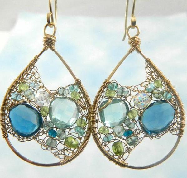 boucle-d-oreille-originale-femme-accessore-bijou-bleu