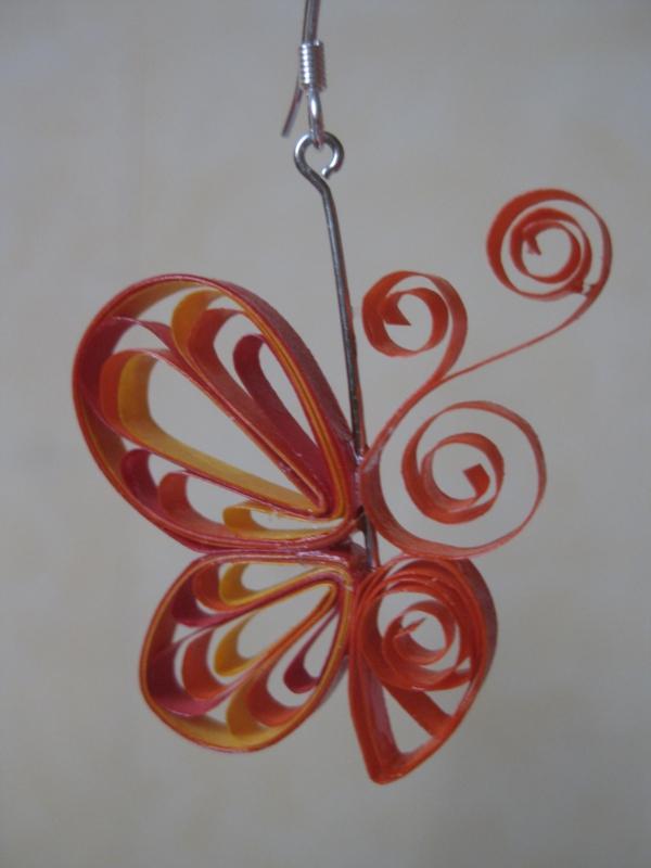boucles-d-oreille-boucle-d-oreilles-originales-en-papier-papillon-jolie