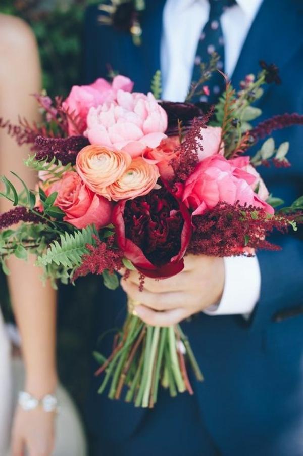 bouquet-de-mariée-gerbe-celebration-mariage