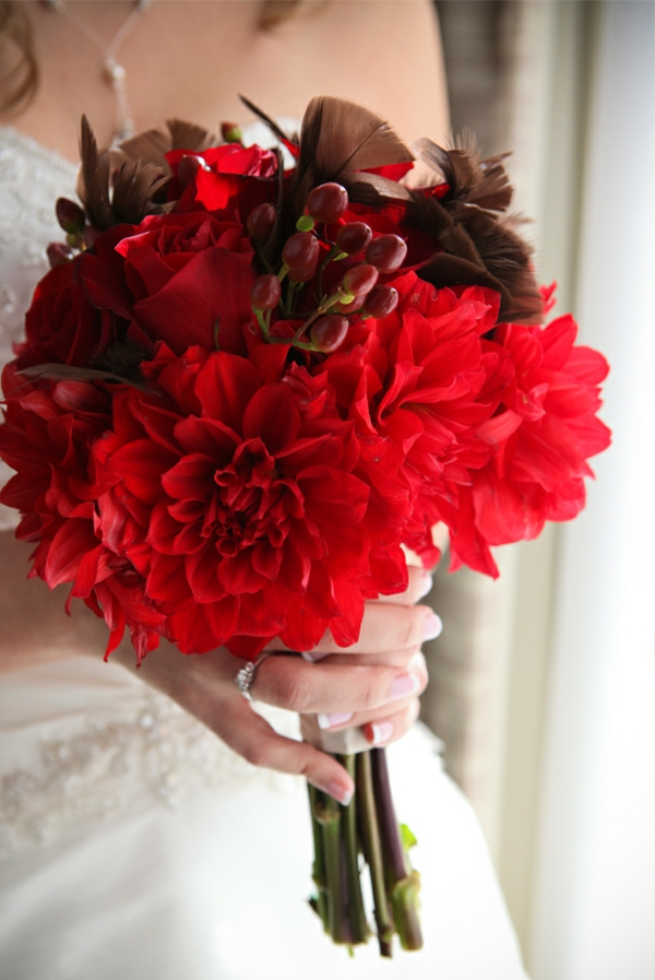 bouquet-mariee dahlia-rouge-accents