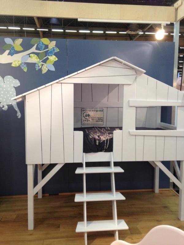 Le plus beau lit cabane pour votre enfant for Cabane en bois moderne