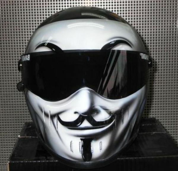 casque-de-moto-leger-poids-ventilation-confort-masque