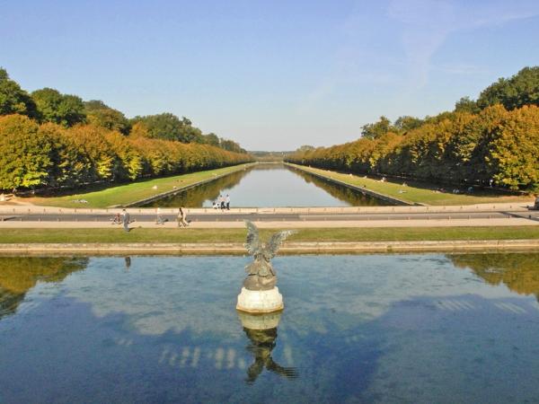 château-de-fontainebleau-France-histoire-eau-resized