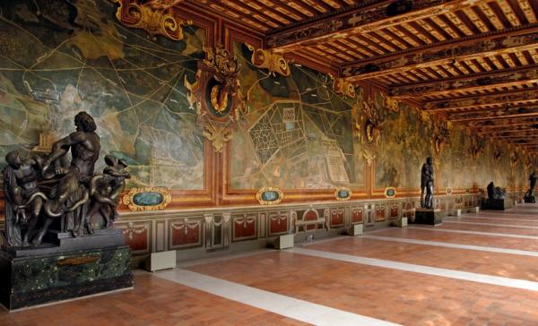 château-de-fontainebleau-France-histoire-galerie-resized