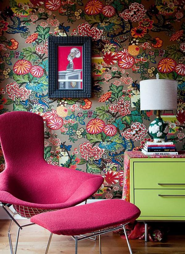 chaise-rouge-chambre-coloré