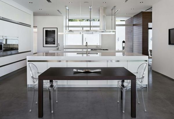 chaise-transparente-cuisine-et-salle-à-manger