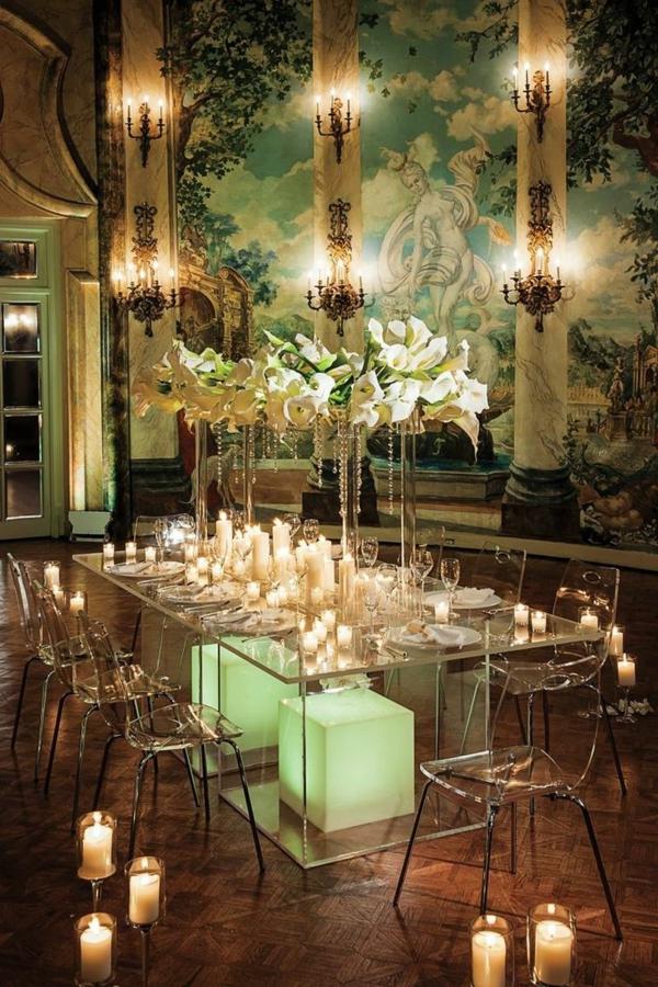 chaise-transparente-une-chambre-splendide
