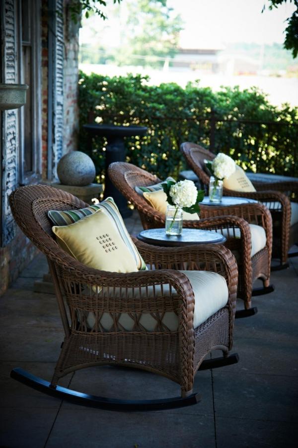 chaise-tressée-chaises-balançoires