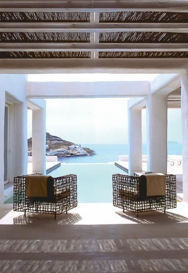 chaise-tressée-un-patio-unique-style-marin