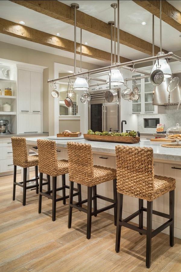 chaise-tressée-une-cuisine-loft