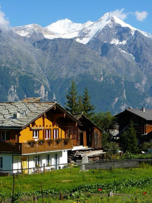 chalet-suisse-chalets-traditionnels