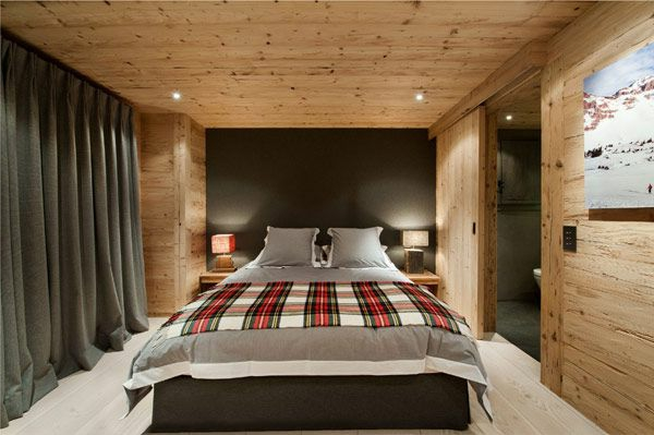 chalet-suisse-chambre-à-coucher-en-bois