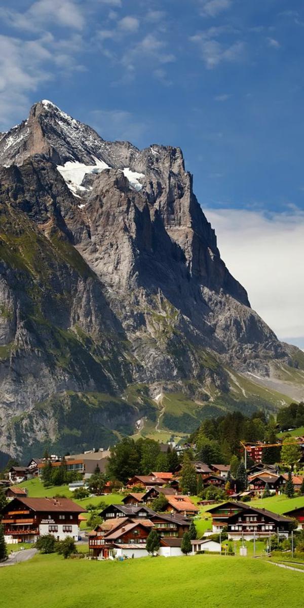chalet-suisse-le-village-au-dessus-de-la-montagne