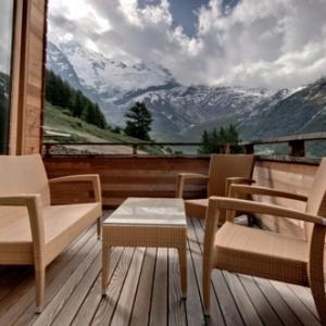 Le confort et la beauté du chalet suisse en photos